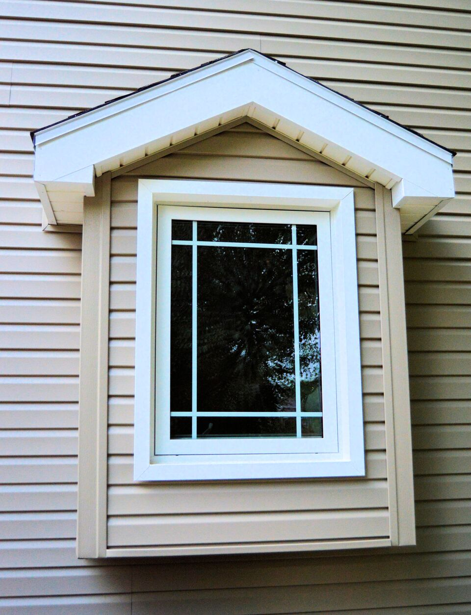 Casement bristol windows nebraska for Awning replacement windows